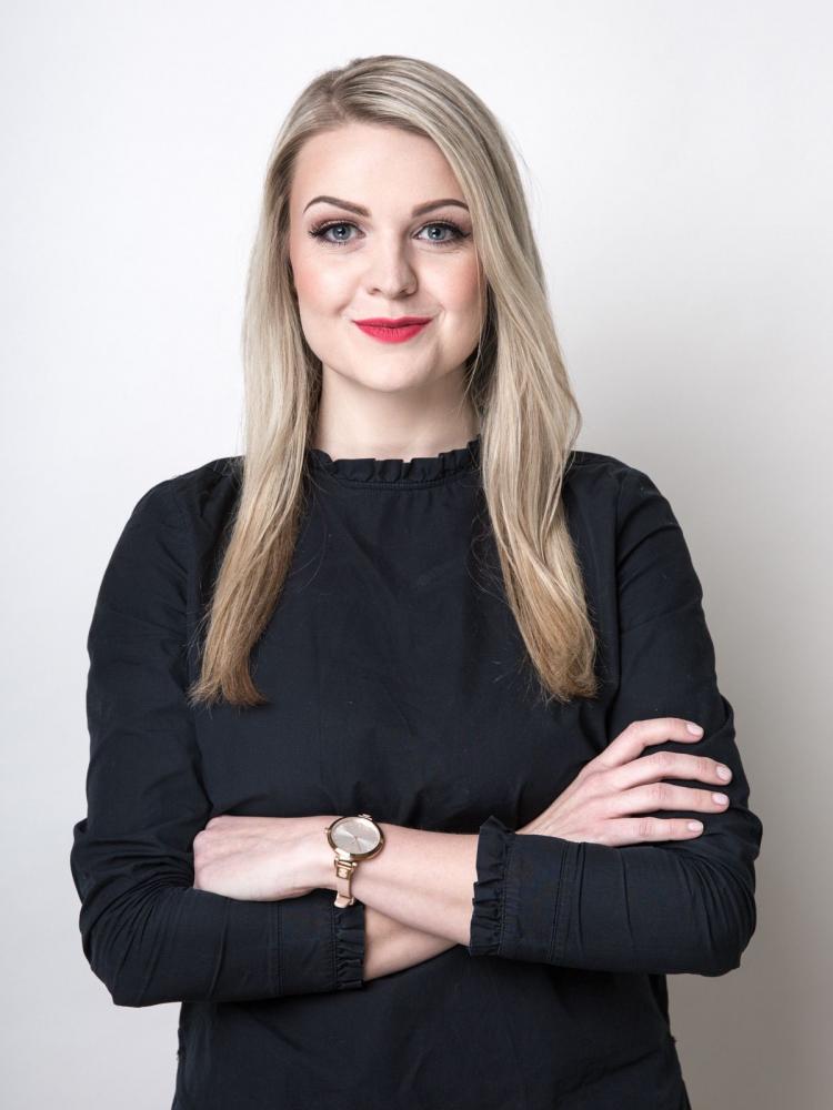 Studium očima absolventky: rozhovor se Zuzanou Tichákovou
