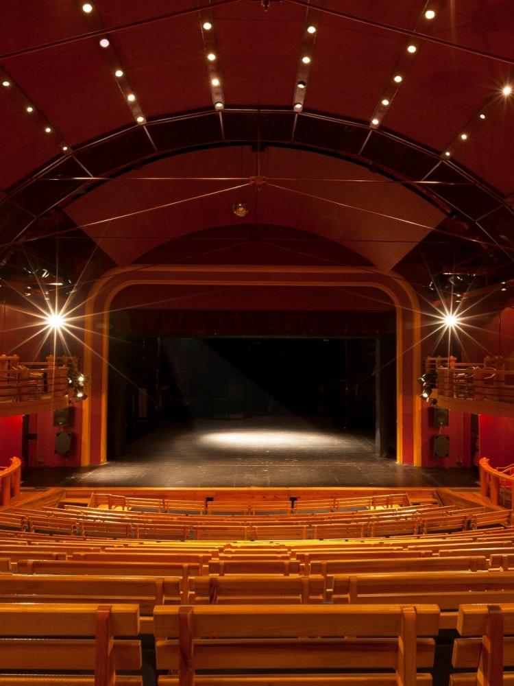 Divadlo Na Fidlovačce hledá pracovníka obchodního oddělení