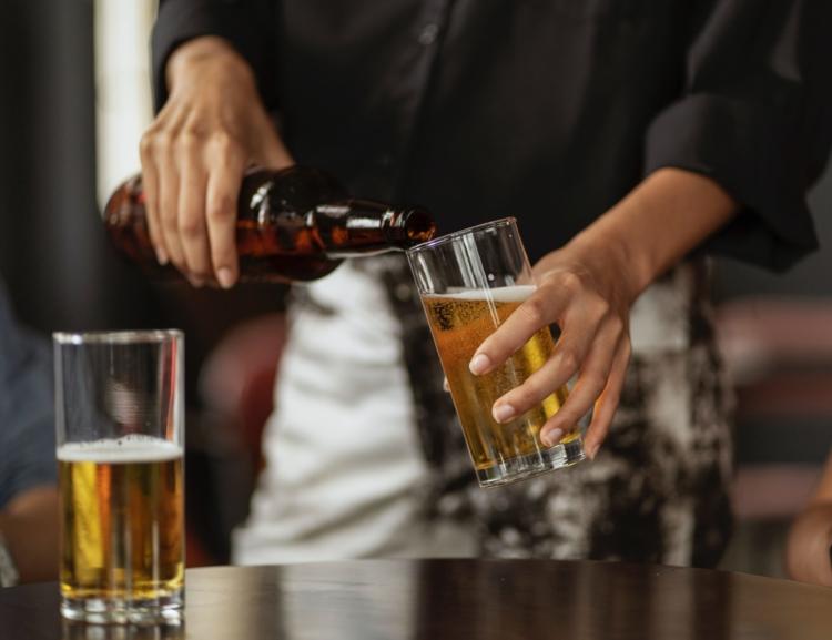 VŠE o… covidu a spotřebě alkoholu